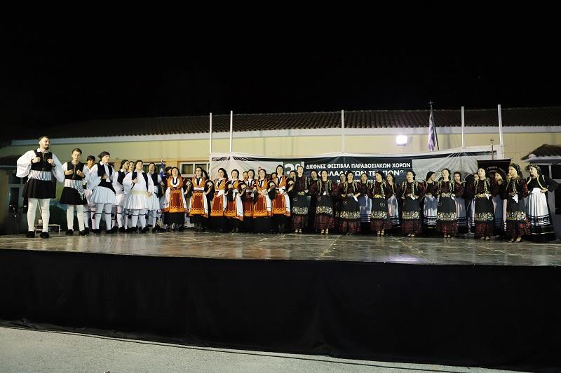 Ξεκίνησε το 3ο Διεθνές Φεστιβάλ Παραδοσιακού Χορού