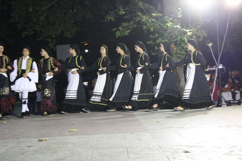 ΦΕΣΤΙΒΑΛ ΠΑΡΑΔΟΣΙΑΚΩΝ ΧΟΡΩΝ-ΛΑΡΙΣΑ (13)