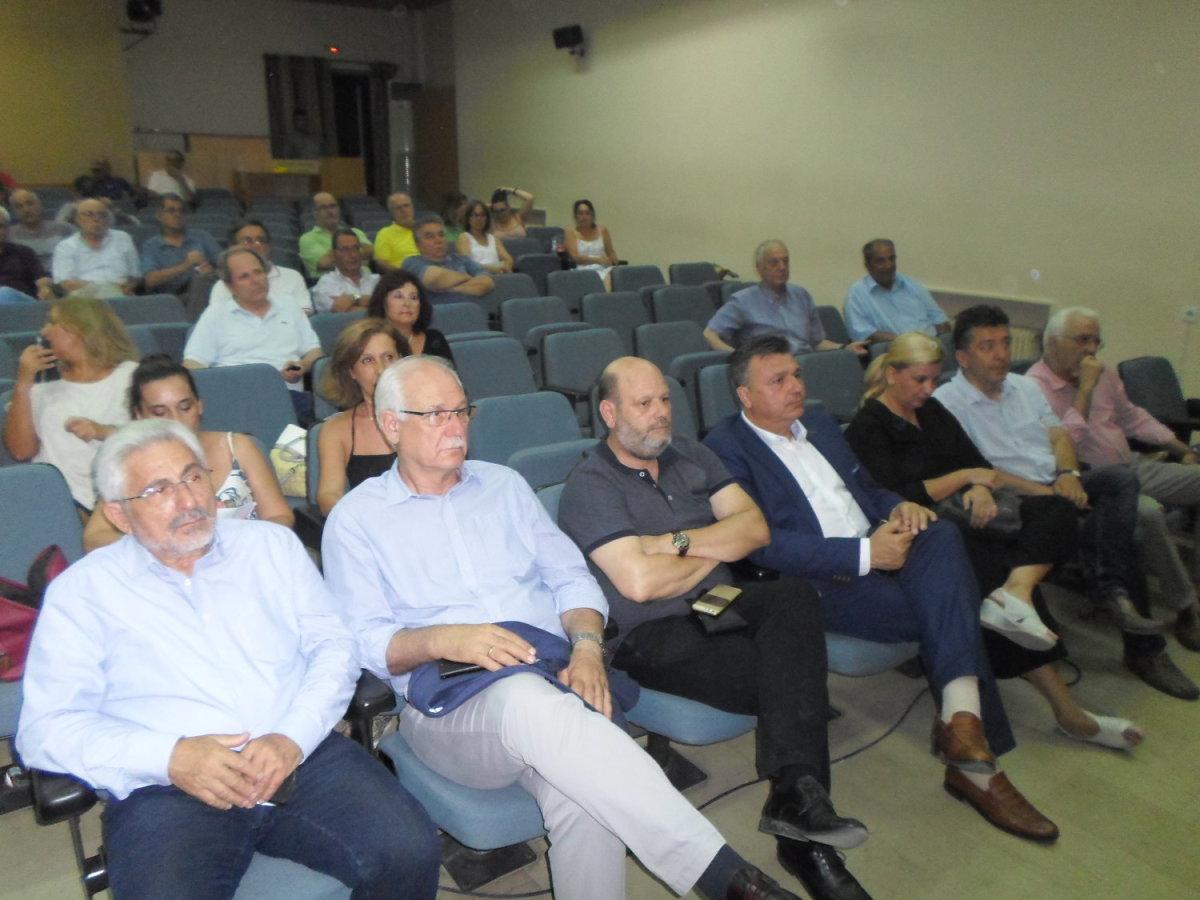 Εκπρόσωποι φορέων επιχειρηματικότητας και δήμαρχοι στην ομιλία Πιτσιόρλα
