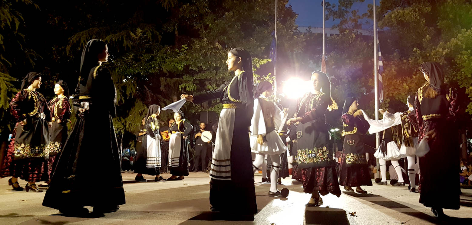 Παραδοσιακοί χοροί-ΤSANTOPOULOS (4)