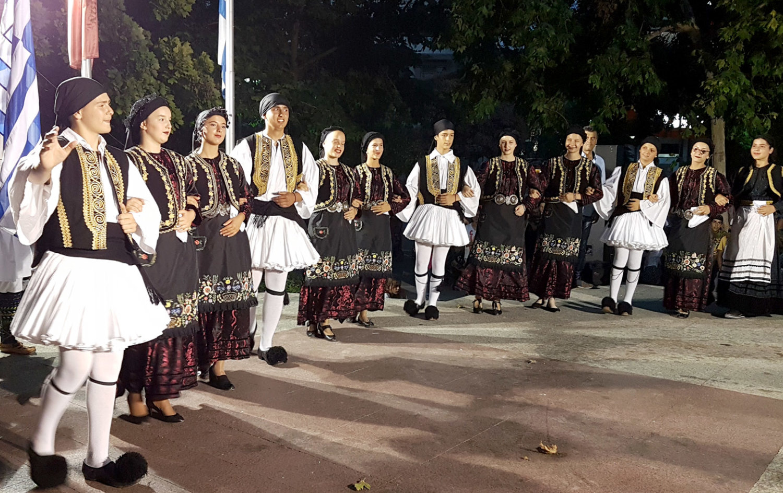 Παραδοσιακοί χοροί-ΤSANTOPOULOS (6)