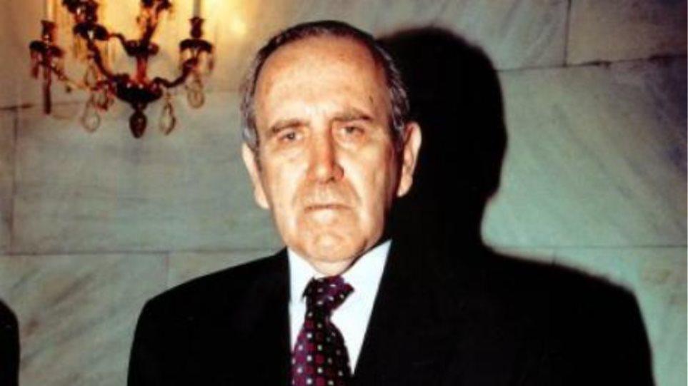 Πέθανε ο πτέραρχος Νίκος Κουρής