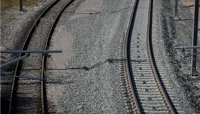 Εξηντάχρονος παρασύρθηκε από αμαξοστοιχία στη Μενεμένη