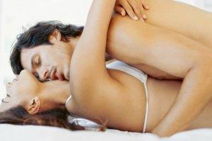 Τέσσερις τροφές που πρέπει να φας πριν το σεξ
