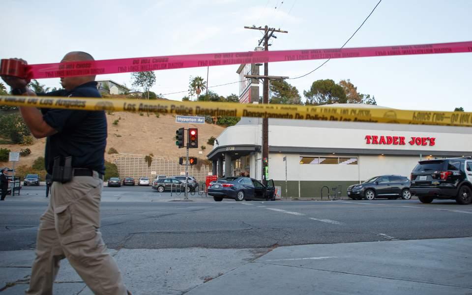 ΗΠΑ: Συνελήφθη ένοπλος σε σούπερ μάρκετ με 40 ομήρους – Μία νεκρή (φωτ.)