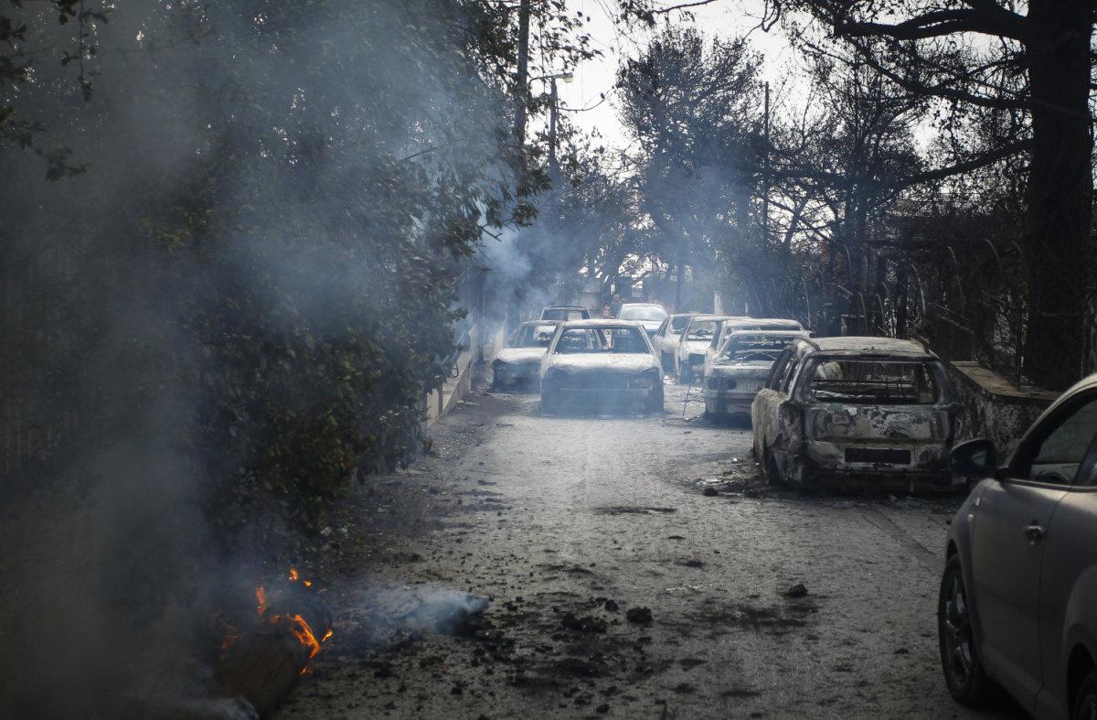 Στους 92 οι νεκροί από την τραγωδία της Αττικής