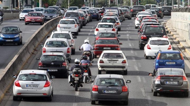 Η τεχνολογία ACC περιορίζει τα μποτιλιαρίσματα και μειώνει τα ατυχήματα κατά 5%, σύμφωνα με αμερικανική έρευνα