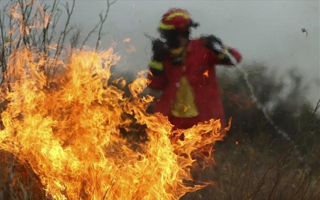Συγκλονιστικό βίντεο την ώρα της πυρκαγιάς