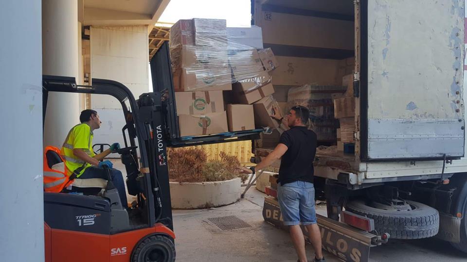 Λάρισα: 30 τόνοι τροφίμων στις πληγείσες περιοχές (φωτ.)