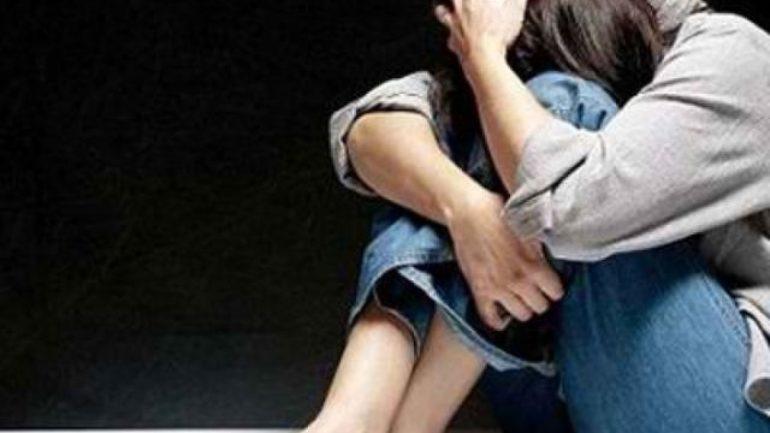 Μητέρα κατήγγειλε ότι οικογενειακός φίλος βίασε την ανήλικη κόρη της!