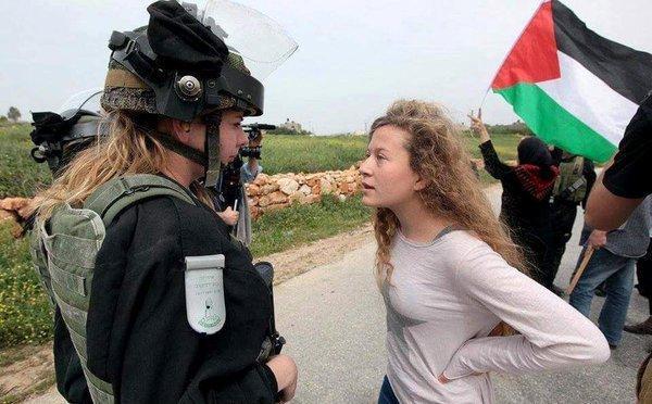 Ισραήλ: Η 17χρονη Παλαιστίνια Άχεντ Ταμίμι απελευθερώθηκε μετά από οκτώ μήνες φυλάκιση