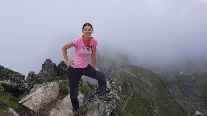 H Κ. Τσακαλδήμη ξεκινά για την κορυφή του Κιλιμάντζαρο