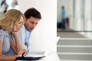 7 θέματα – ταμπού που δεν πρέπει να συζητάτε ποτέ στον εργασιακό χώρο