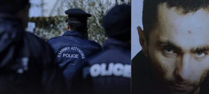 Υπό δρακόντεια μέτρα ασφαλείας αναχώρησε για την Κύπρο ο συλληφθείς δραπέτης Χάρης Σαρίδης