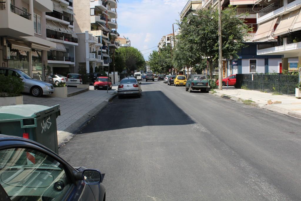 Συνεχίζονται οι ασφαλτοστρώσεις στο κέντρο της Λάρισας