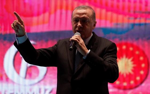 Ερντογάν: Εντολή να παγώσουν τα περιουσιακά στοιχεία Αμερικανών υπουργών στην Τουρκία