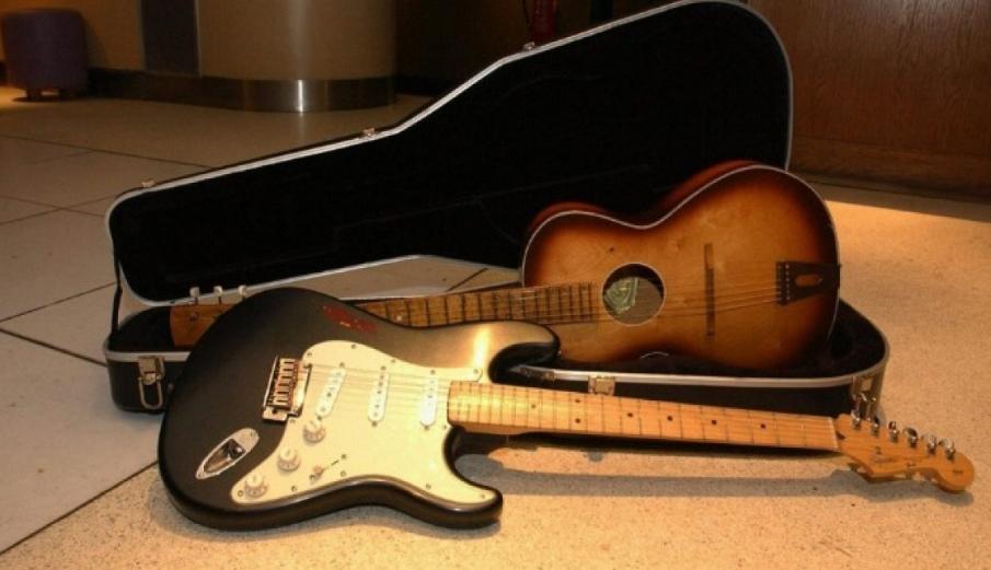 Σε δημοπρασία κιθάρα του αστέρα των Beatles Τζορτζ Χάρισον