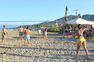 Θεαματικό τουρνουά beach volley 2018 στην παραλία Αγιοκάμπου (φωτ.)
