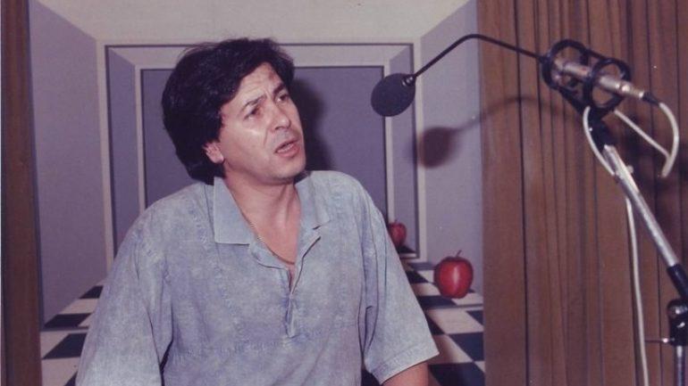 «Έφυγε» ο τραγουδιστής ο Γιάννης Καρανίκας
