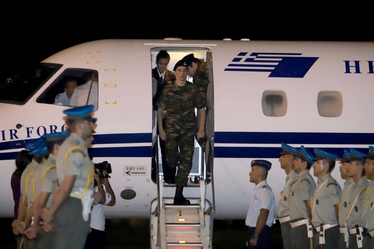 Χαρά και συγκίνηση στη υποδοχή των Ελλήνων Στρατιωτικών (φωτ.- video)