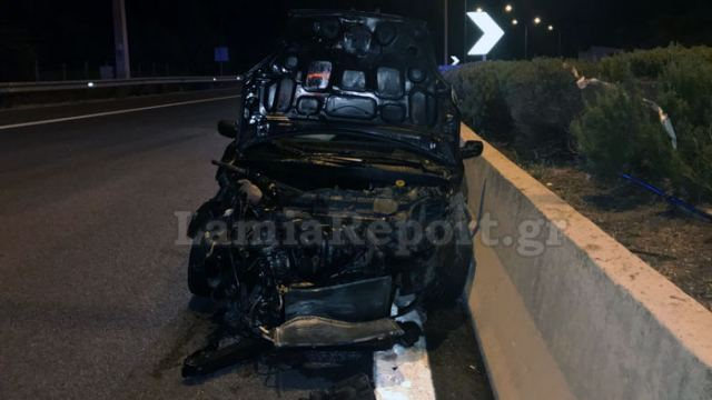 Αυτοκίνητο έπεσε στο διάζωμα της Εθνικής Οδού (φωτ.)