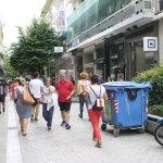 Κίνηση στους πεζοδρόμους της Λάρισας (φωτ.)