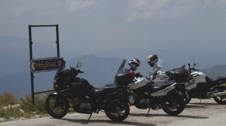 Ταξιδεύοντας με μηχανές στον Ασπροπόταμο (φωτ.- video)