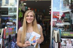 Στη Λάρισα παρουσίασε το νέο της βιβλίο ο Σάρα Εσκενάζυ