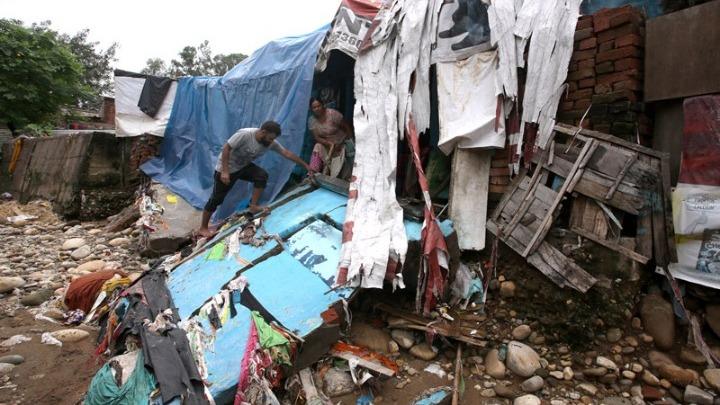 Τουλάχιστον 445 οι νεκροί από τις πλημμύρες στην Ινδία