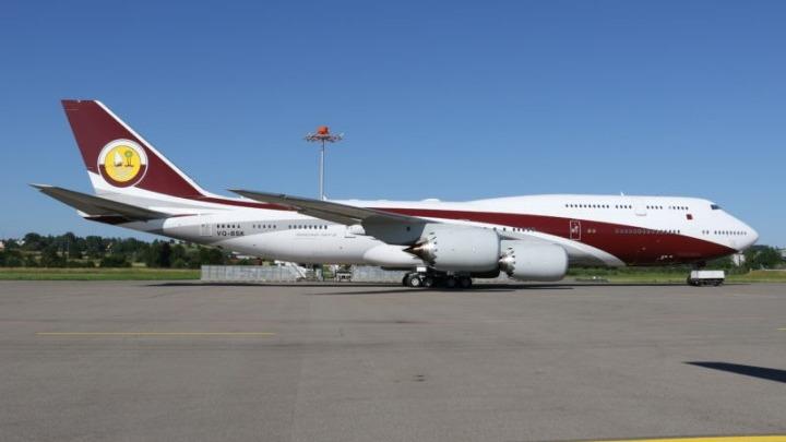 Η βασιλική οικογένεια του Κατάρ πουλά το «super vip» Boeing της