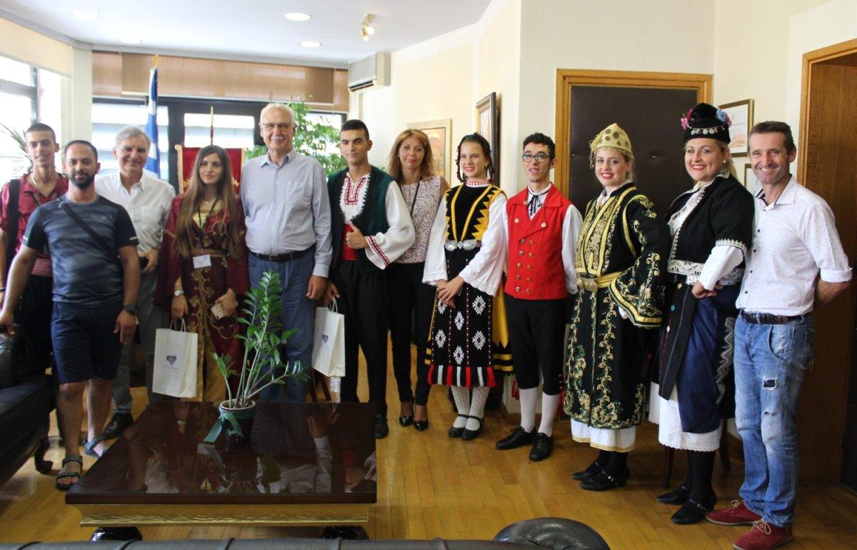 Στον δήμαρχο οι διοργανωτές της χορευτικής συνύπαρξης Λαών και Πολιτισμών