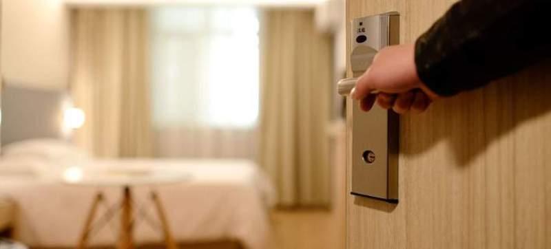 Οι κλέφτες ειδικεύονταν στα δωμάτια ξενοδοχείων – 27.000 ευρώ η λεία τους