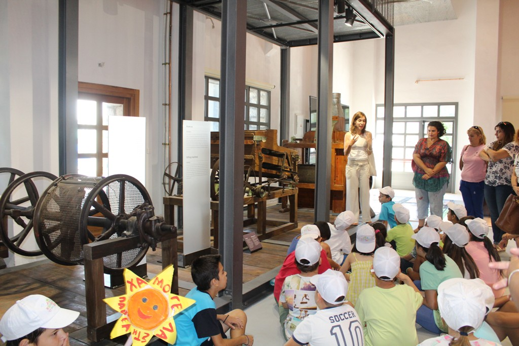 Άνοιξαν οι πύλες του Μουσείου Σιτηρών στον Μύλο του Παππά