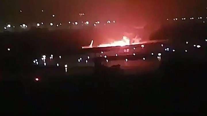 Σκηνικό τρόμου στο Σότσι από φλεγόμενο Boeing με 167 επιβάτες (Video)