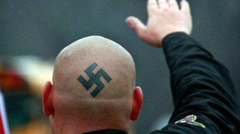 Γερμανία: Σε διαθεσιμότητα αστυνομικοί για ναζιστικό χαιρετισμό