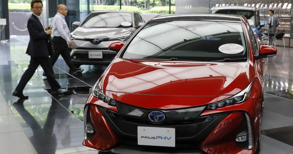 Προς ανάκληση ένα εκατομμύριο υβριδικά οχήματα της Toyota