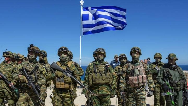 Κόντρα Καμμένου-ΝΔ για τα αναδρομικά των στελεχών των Ενόπλων Δυνάμεων