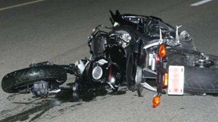 Οδηγός εγκατέλειψε αβοήθητο νεαρό ζευγάρι – Νεκρά τα δύο άτομα που επέβαιναν στην μηχανή