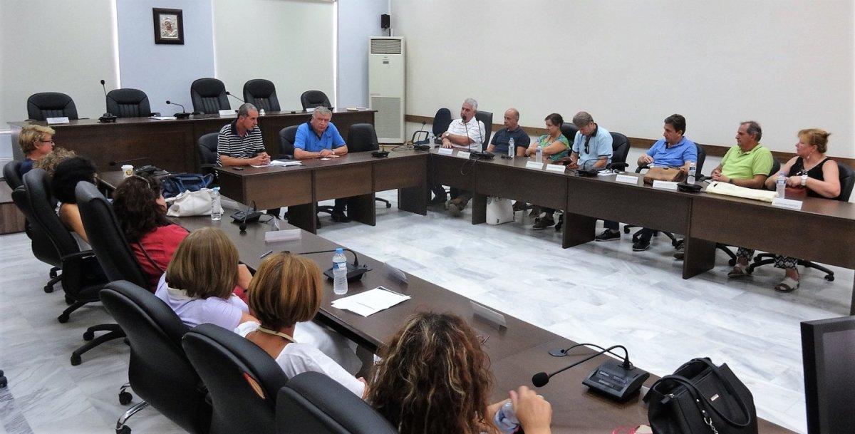 Συνάντηση Νασιακόπουλου με τους διευθυντές σχολικών μονάδων