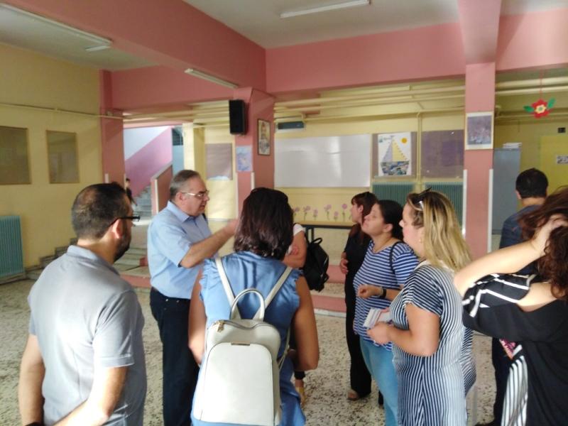 Περιοδεία Λαμπρούλη σε σχολεία της Λάρισας