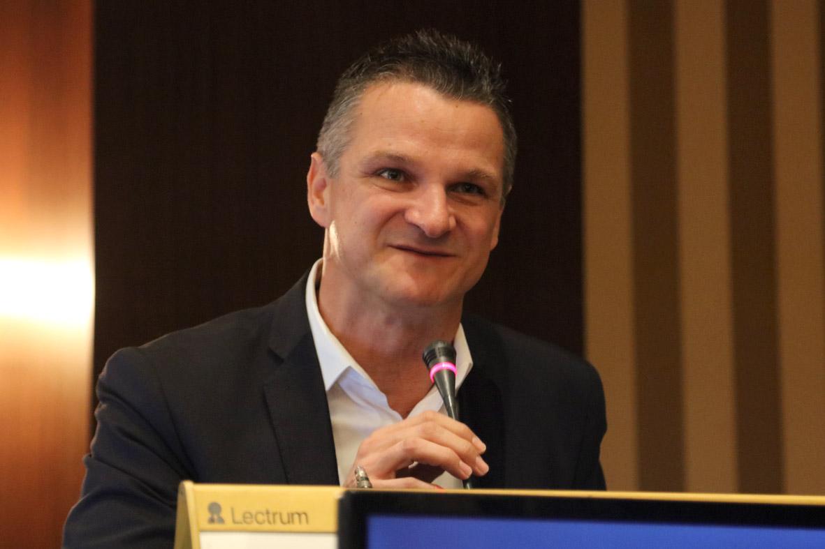 8o Συνέδριο Ρευματολογίας -Τsantopoulos (8)