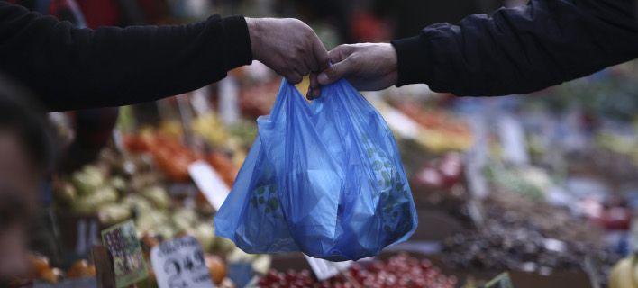 Φάμελλος: 10.788.055 ευρώ από το τέλος για τις πλαστικές σακούλες το πρώτο 6μηνο
