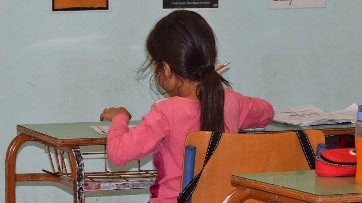 """Η δασκάλα που προκάλεσε σάλο: Γι"""" αυτό αποφάσισα να φύγω από τη Γαύδο μετά τον αγιασμό"""