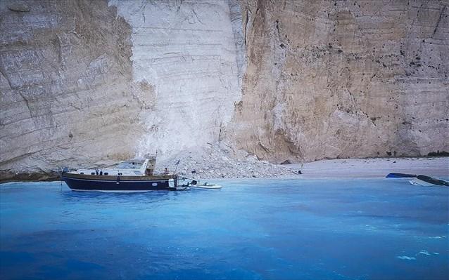 Ζάκυνθος: Άνοιξε για τους τουρίστες το Ναυάγιο