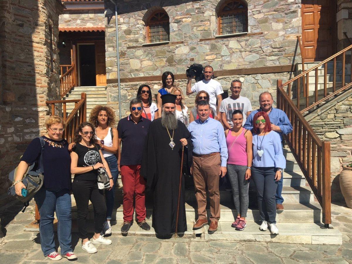 Στην Ελασσόνα οι Σέρβοι δημοσιογράφοι