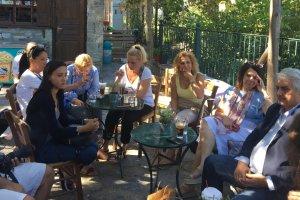 Στα Αμπελάκια με τον Κ. Κολλάτο οι Σέρβοι δημοσιογράφοι