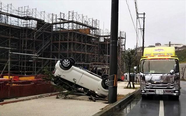 Ιαπωνία: Ο τυφώνας Τράμι σαρώνει – 80 οι τραυματίες