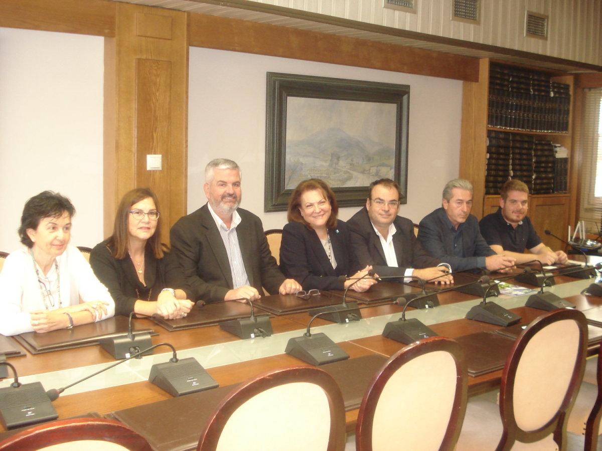 Υπογραφή πρωτοκόλλου συνεργασίας ΣΒΘΚΕ και Επιμελητηρίου Καρδίτσας
