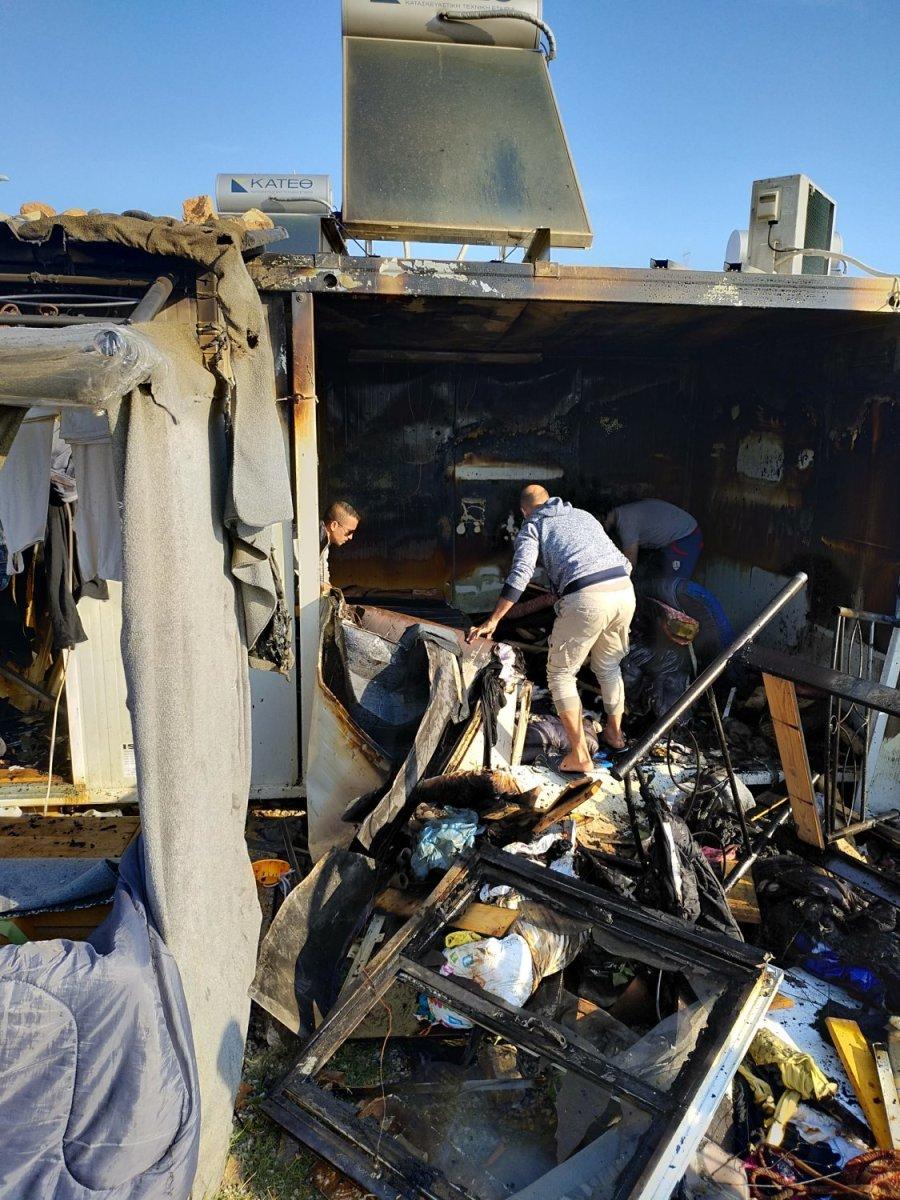 Καταστράφηκαν κατοικίες – κοντέινερ στο Κουτσόχερο (φωτ.)