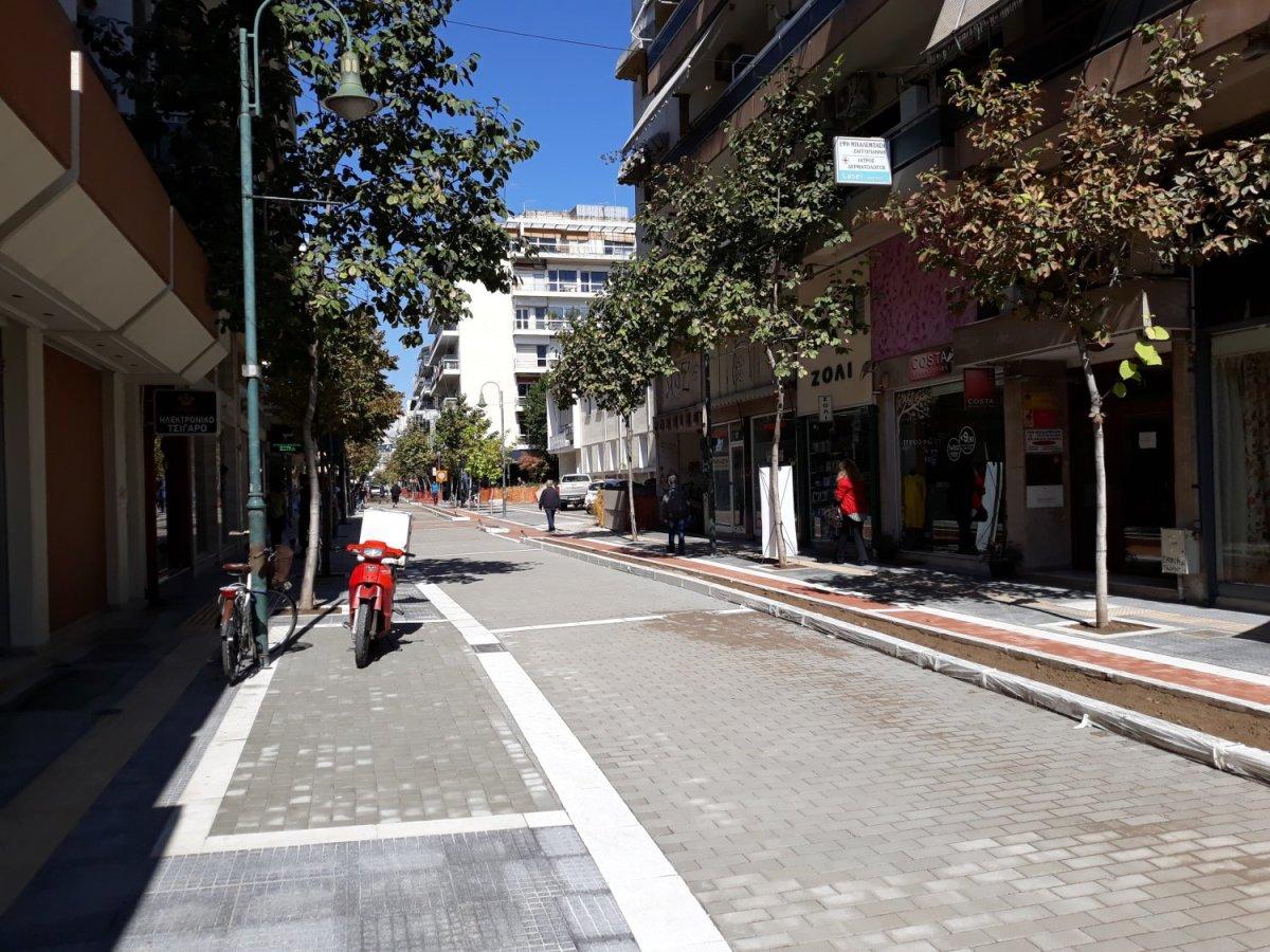 Αυτή είναι η εικόνα στη «νέα» οδό Μεγάλου Αλεξάνδρου (φωτ.)